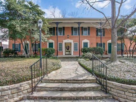 Photo Of 4704 Abbott Ave Apt 118 Highland Park Tx 75205 Townhome For Rent