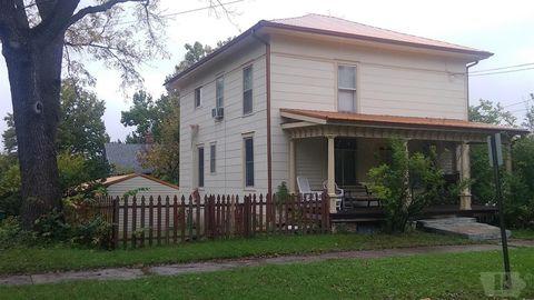 601 N 3rd St, Fairfield, IA 52556