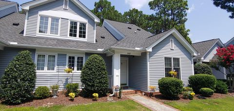 Photo of 247 N Knoll Rd Unit 247, Southern Pines, NC 28387