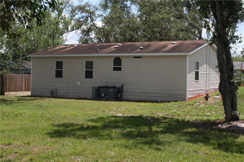 303 Senate St, Auburndale, FL 33823