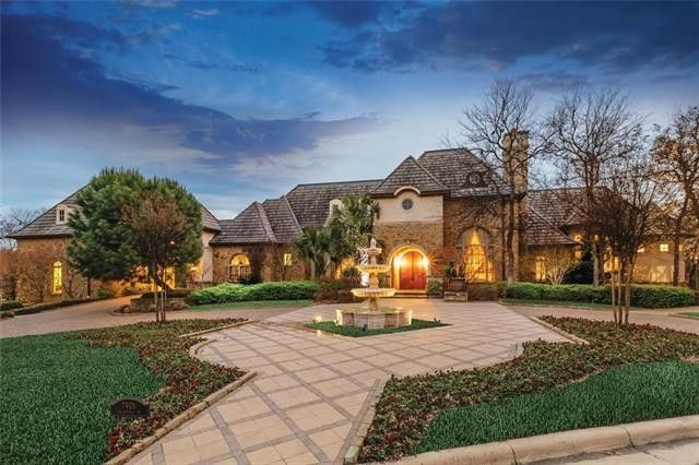 Fort Worth Texas >> 7901 Chartwell Ln Fort Worth Tx 76120 Realtor Com