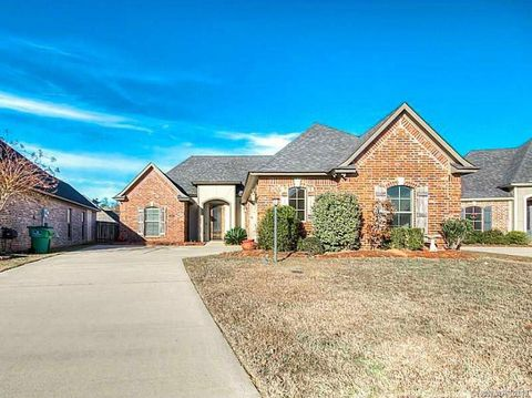 Photo of 209 Pearwood Cir, Haughton, LA 71037