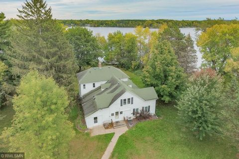 Photo of 445 3rd Ave Ne, Pine City, MN 55063