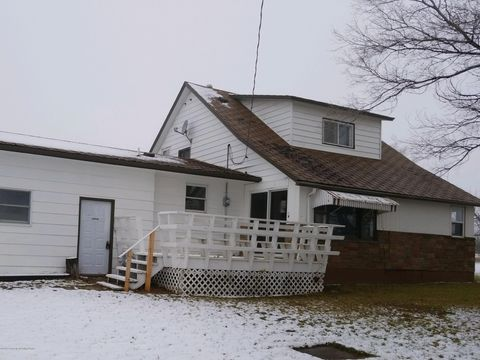 Photo of 5 W Butte St, Sentinel Butte, ND 58654