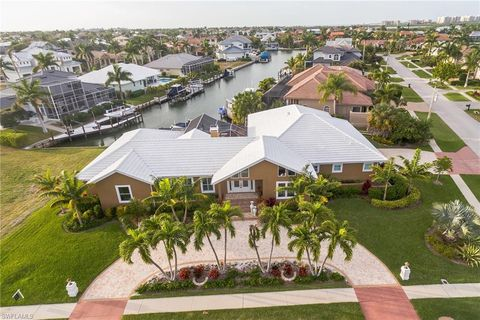 Photo of 652 Crescent St, Marco Island, FL 34145