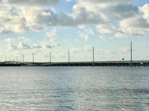 Photo of 482 Summerland Rd, Key Largo, FL 33037