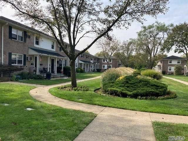 8370e9da943099ded83ec682e0c36a83l m3127599440xd w640 h480 q80 - Langdale Gardens Apartments For Rent Ny