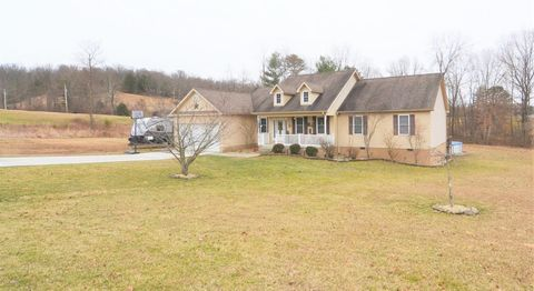 Photo of 150 Evening Dr, Olive Hill, KY 41164