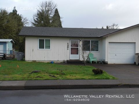 Photo of 1451 Cedar St, Philomath, OR 97370