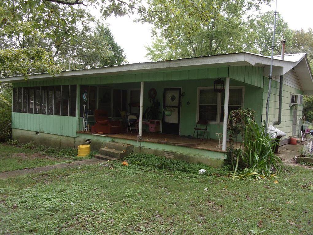 560 Byrd St Cherokee, AL 35616