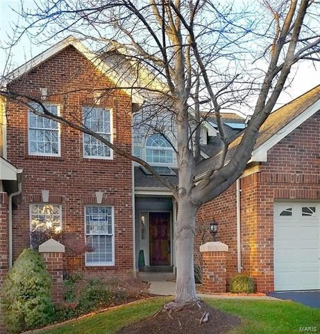 327 Woods Mill Terrace Ln, Chesterfield, MO 63017