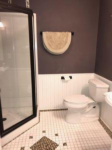 412 N Park St Reedsburg Wi 53959 Bathroom