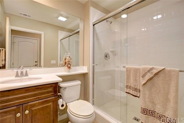 Bathroom Fixtures Irvine Ca 29 roycroft, irvine, ca 92620 - realtor®