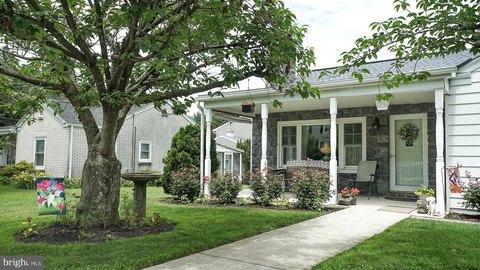 1336 Brandt Ave, New Cumberland, PA 17070