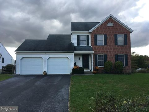 104 Willow Rdg, New Holland, PA 17557