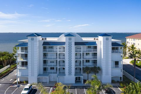 Photo of 210 24th St Apt 304, Cocoa Beach, FL 32931