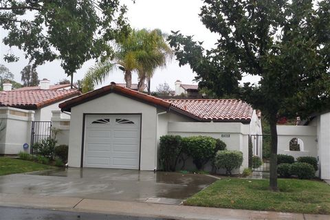 Photo of 1789 Woodbrook Ln, Fallbrook, CA 92028