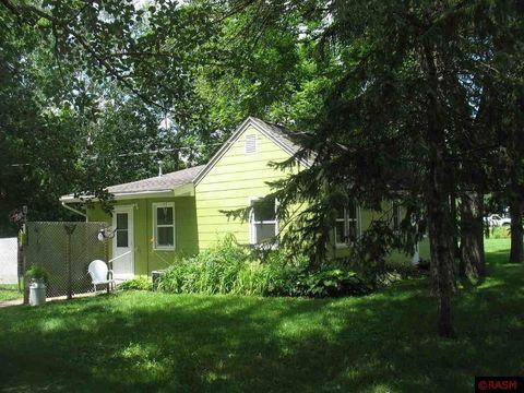 111 S Grove St, Lake Crystal, MN 56055
