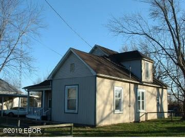 Photo of 711 Wisely St, Murphysboro, IL 62966