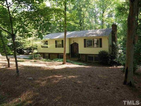 4620 Woodridge Dr, Raleigh, NC 27612