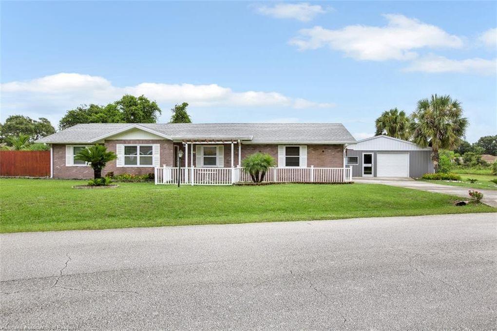 5036 Whiting Dr Sebring, FL 33870