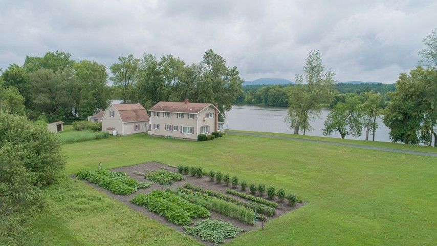 90 Wrights Loop Stillwater, NY 12170