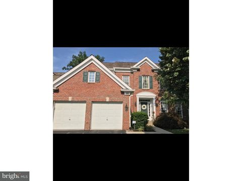504 Guinevere Dr Newtown Square PA 19073