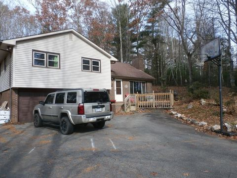 180 W Mountain Rd, Spruce Pine, NC 28777