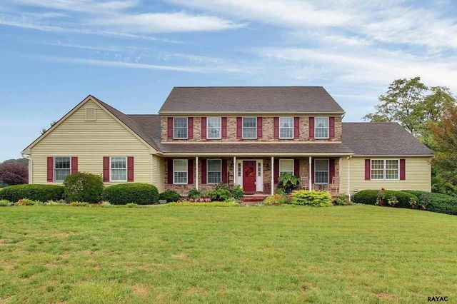 2702 golf dr york pa 17408 home for sale real estate