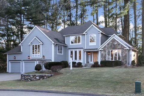 6 Meadow View Ln, Andover, MA 01810