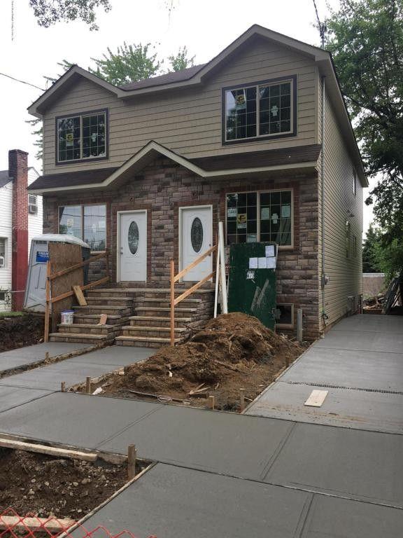 446 Netherland Ave, Staten Island, NY 10303