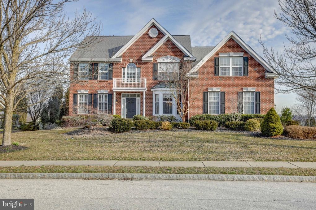 541 Red Coat Ln Phoenixville, PA 19460