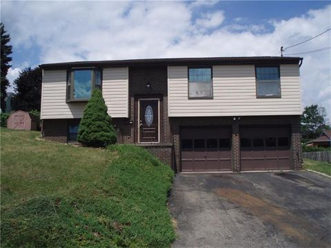 112 Eastern Dr, Lower Burrell, PA 15068