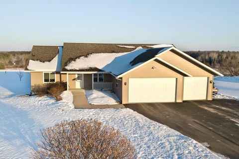 Wausau, WI 5-Bedroom Homes for Sale - realtor.com®