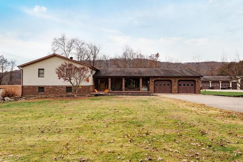 Photo of 1729 Lapperell Rd Unit C6, Peebles, OH 45660