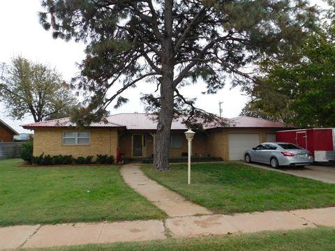 Photo of 801 1st St, Abernathy, TX 79311