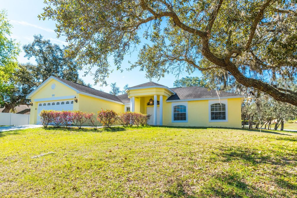 1591 Newhope Rd, Spring Hill, FL 34606