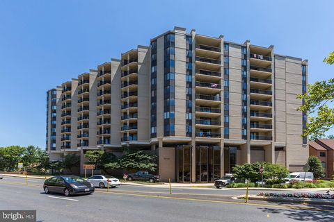 4242 East West Hwy Apt 817, Chevy Chase, MD 20815