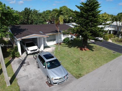 Photo of 4999 Nw 43rd Ct, Lauderdale Lakes, FL 33319