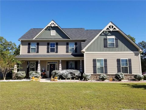Photo of 122 Wedgefield Dr, Raeford, NC 28376