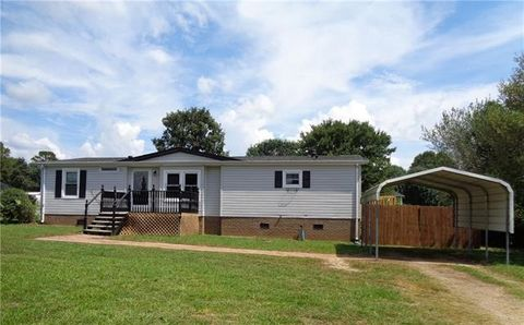 1942 Houston Mill Rd, Conover, NC 28613