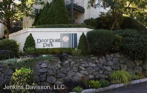 Photo of 20915 Fawn Ct Apt 45, West Linn, OR 97068