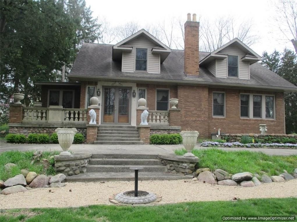 115 W Roberts Rd, Indianapolis, IN 46217