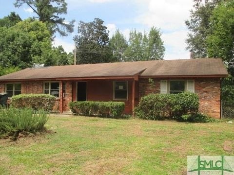 3 Sarah Ct Savannah GA 31406