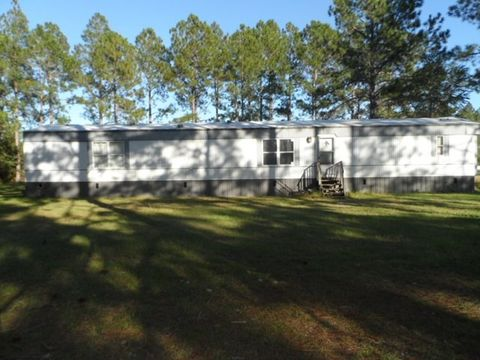 4520 Blue Bird Ln Waycross GA 31503