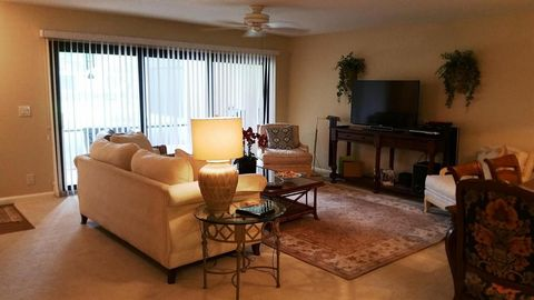 2920 Florida Blvd Apt 120, Delray Beach, FL 33483