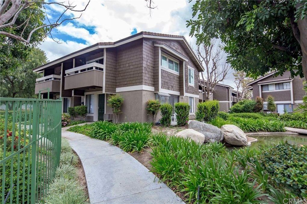 74 Streamwood, Irvine, CA 92620