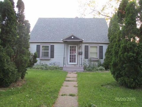Photo of 5721 N 56th St, Milwaukee, WI 53218