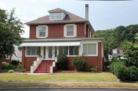 1204 College Ave, Bluefield, WV 24701