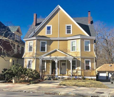 289 Walnut Ave, Boston, MA 02119